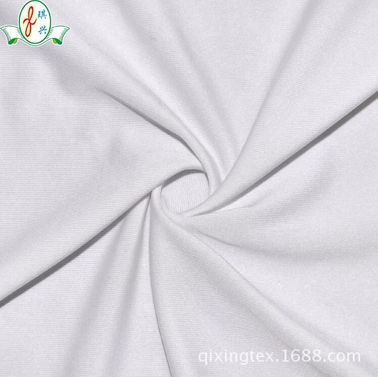 涤纶平纹牛奶丝内衣布